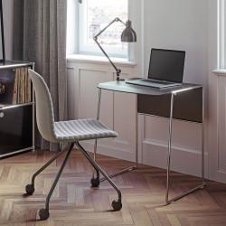 Pack télétravail Link 62 Pro, bureau pieds chrome plateau noir et chaise à roulettes Cato pieds chrome assise gris, Fornasarig