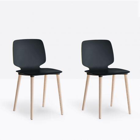 Lot de 2 chaises Babila 2750, pieds bois, Pedrali noir