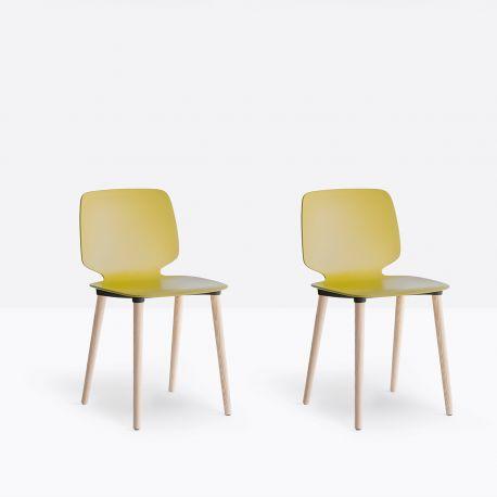 Lot de 2 chaises Babila 2750, pieds bois, Pedrali jaune