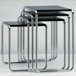 B9 Tables gigognes Thonet (Set de 4) noir laqué, structure chrome