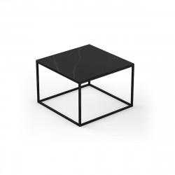 Table basse carrée design Suave 60x60xH40cm, Vondom, Dekton Kelya noir et pieds noirs
