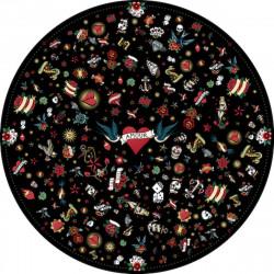 Tapis vinyle rond tatouage Love, noir, diamètre 198cm, collection Tattoo Compris, Pôdevache
