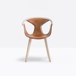 Fauteuils Fox 3727, assise cuir, pieds frêne clair, Pedrali, H79xL60,5xl53