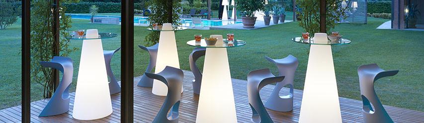 Table haute de jardin
